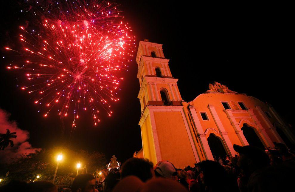 Christmas In Cuba.Christmas Across The Globe Cuba Cuba Havana Cuba