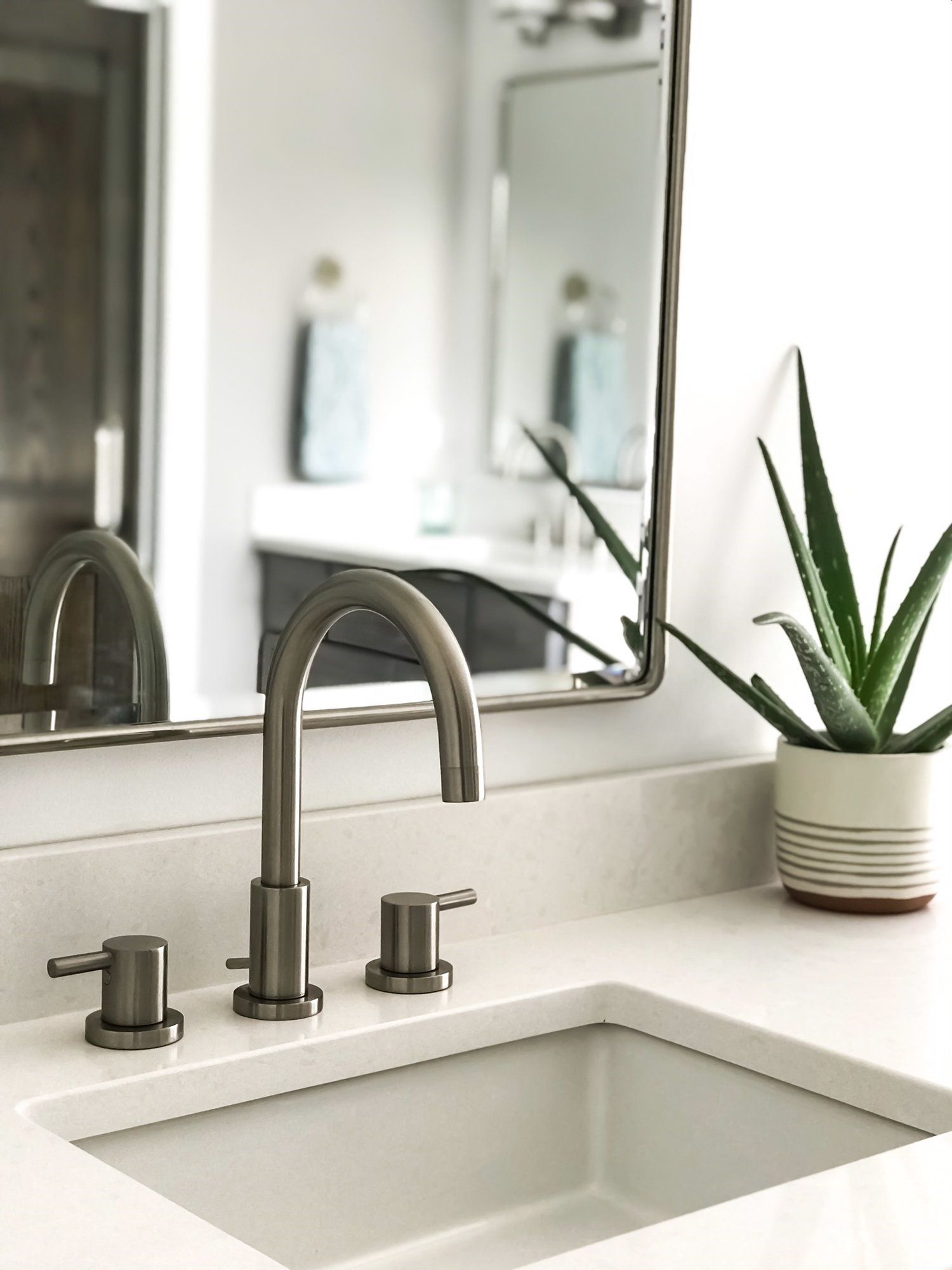 Home Design And Decor Ideas And Inspiration First Thyme Mom Modern Bathroom Faucets Modern Bathroom Sink Brass Bathroom Faucets