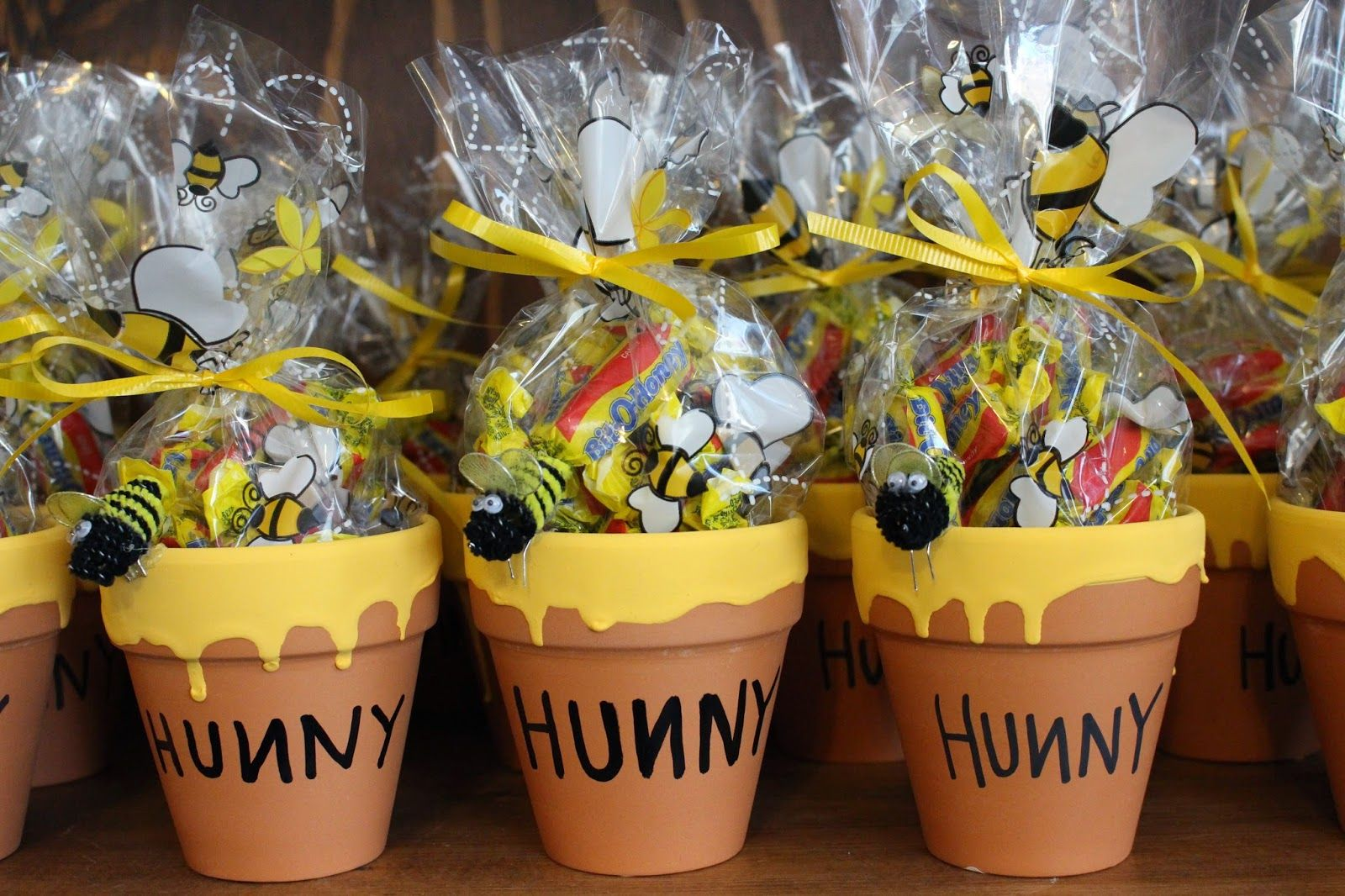 Winnie The Pooh Honey Pot Baby Shower Favors Baby Showers Ideas