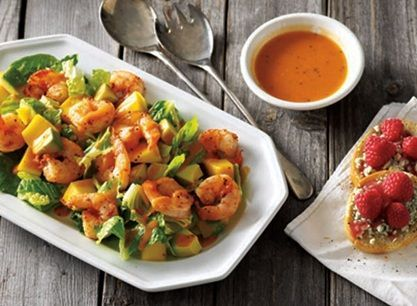 Buffalo Shrimp Salad #buffaloshrimp Buffalo Shrimp Salad and Raspberry-Blue Cheese Crostini Recipe from #PublixAprons #buffaloshrimp
