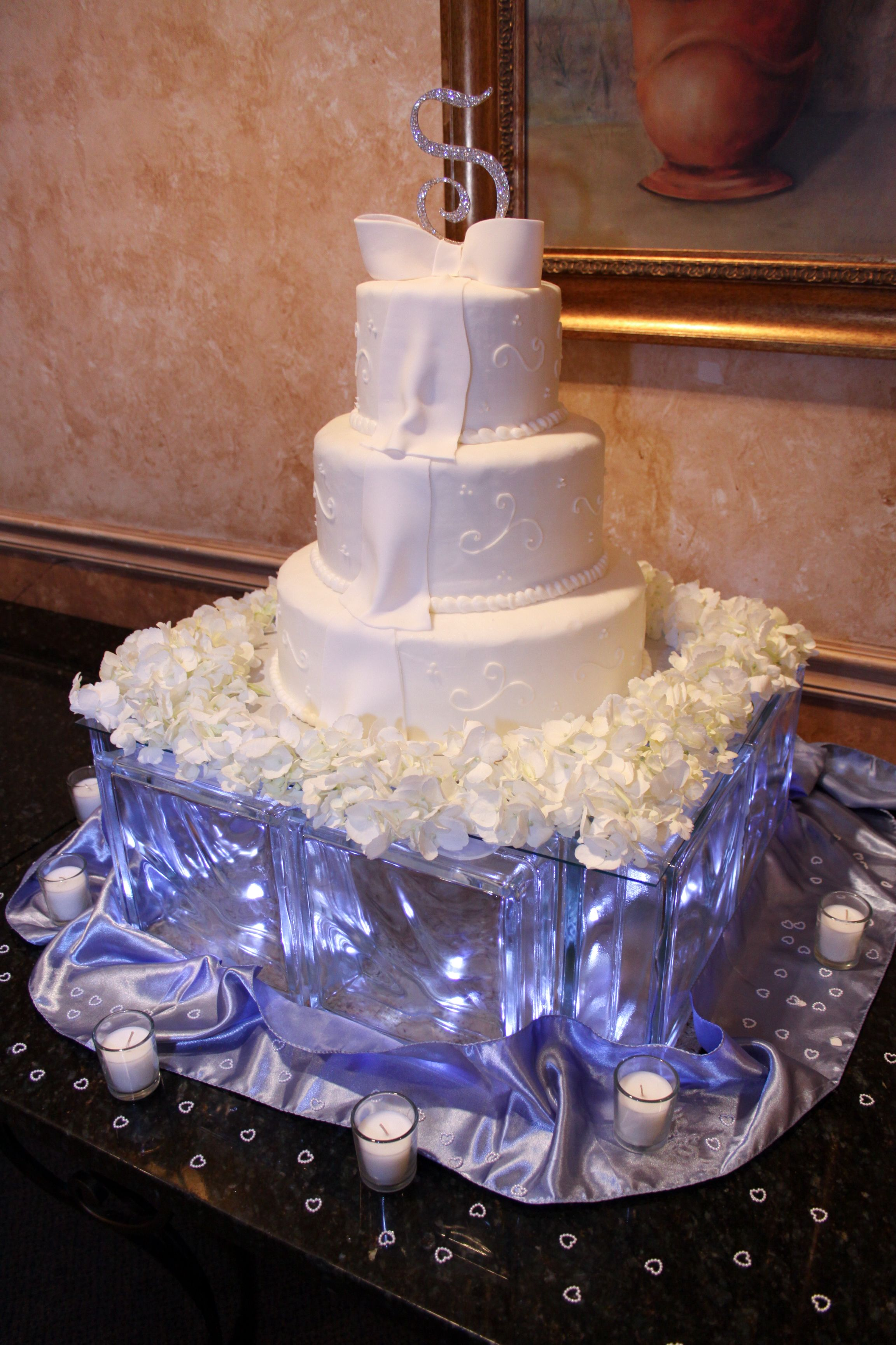 Glass Block wedding cake stand with LED lights inside ...