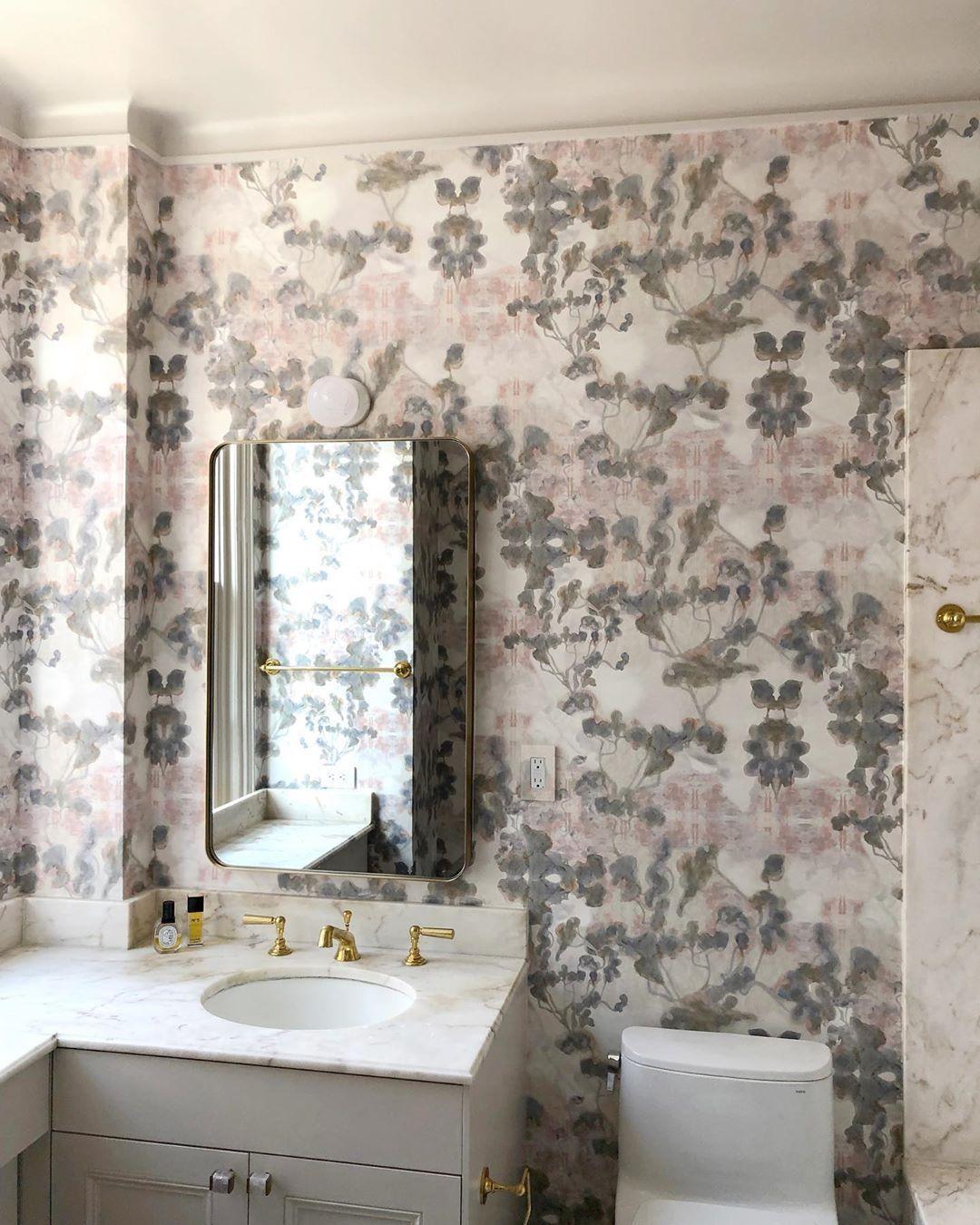 Yellow Bathroomideas: Pin On Lavish Lavatories