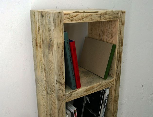 Badezimmer wandregal ~ Bücherregal aus altem bauholz badezimmer regal products and ein