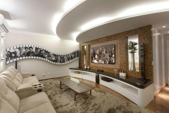 Casa contemporânea com linhas curvas - veja detalhes da fachada e dos ambientes internos!