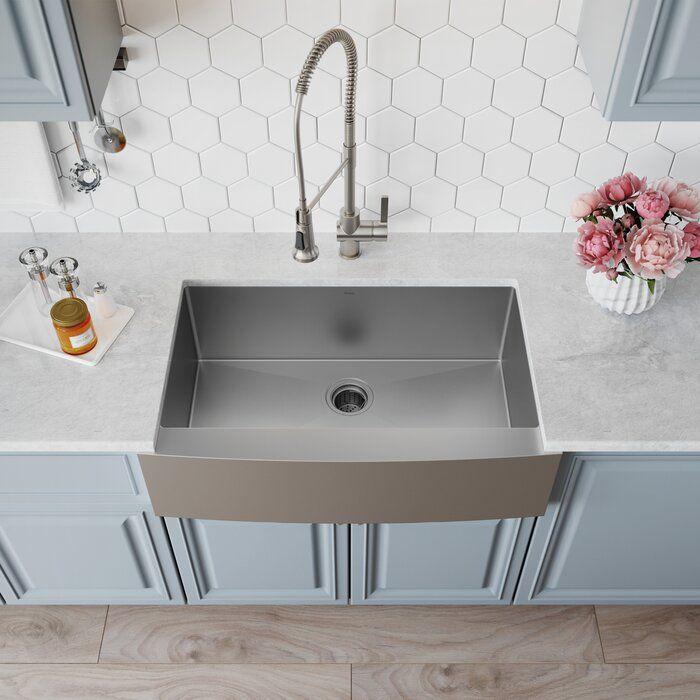 "Standart PRO 33"" L x 21"" W Farmhouse/Apron Kitchen Sink with Basket Strainer"