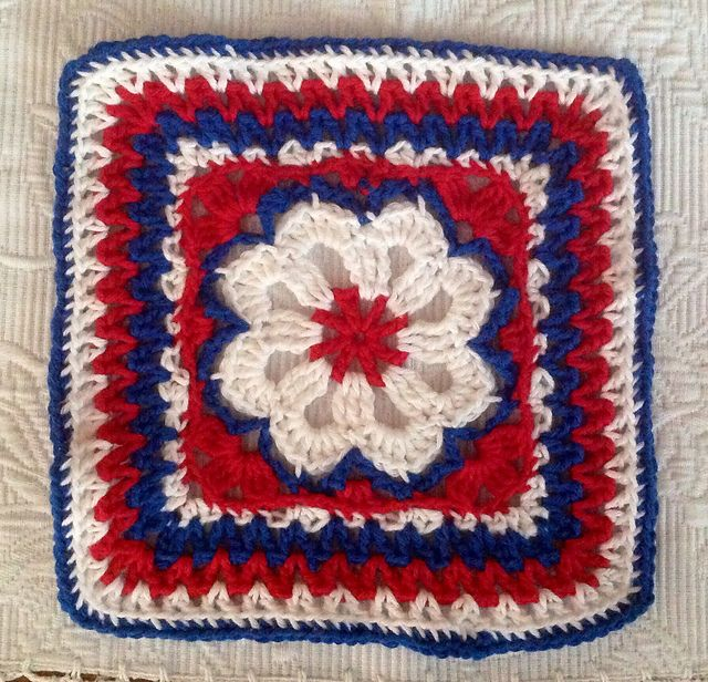 Ravelry: Project Gallery for Flower Tile Afghan Square pattern by ...