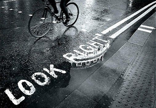 photography_IS / look right..