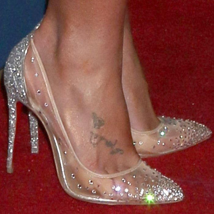 Britney Spears  feet in transparent