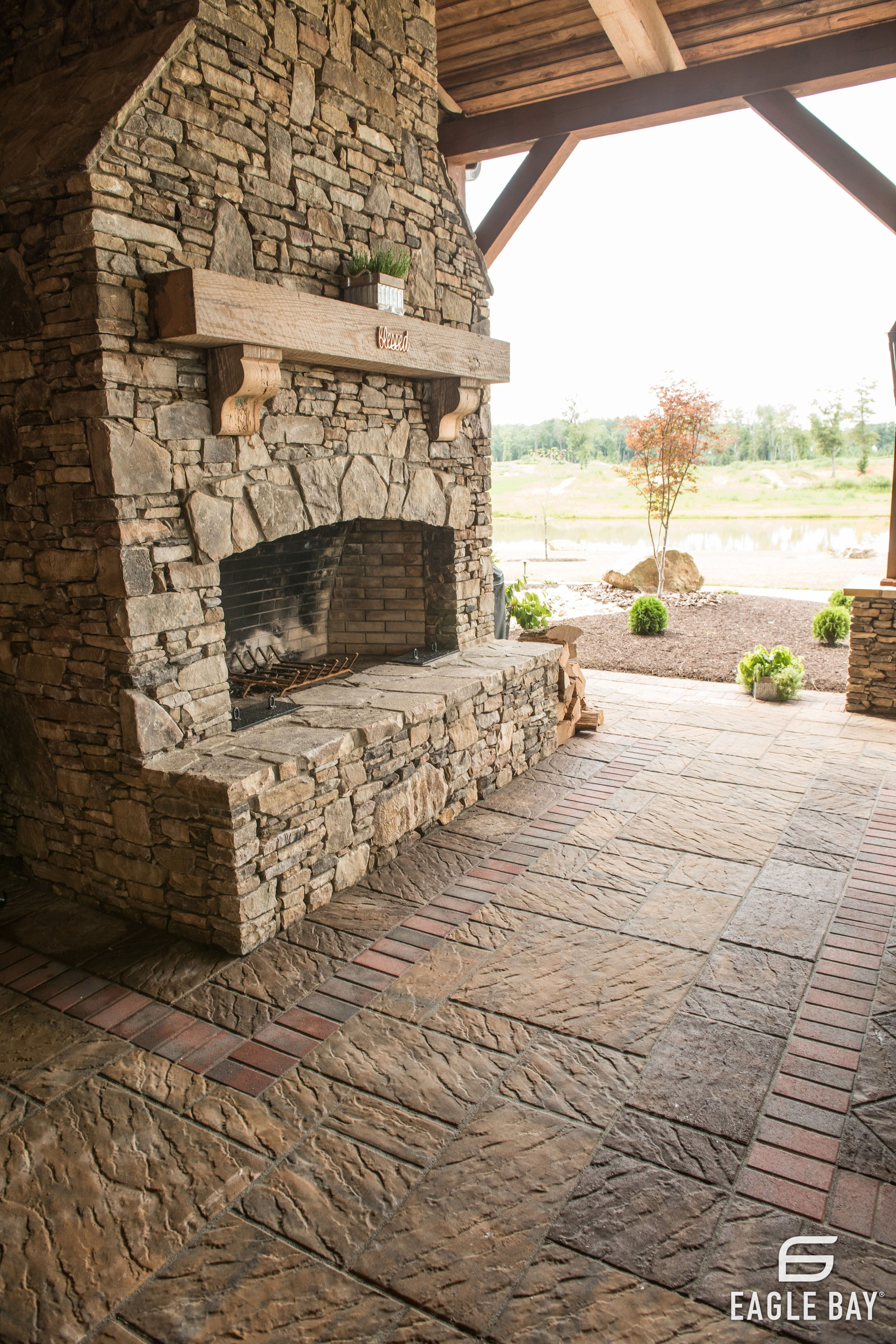 Pin By Eagle Bay Pavers On Fireplaces And Fire Pits With Images