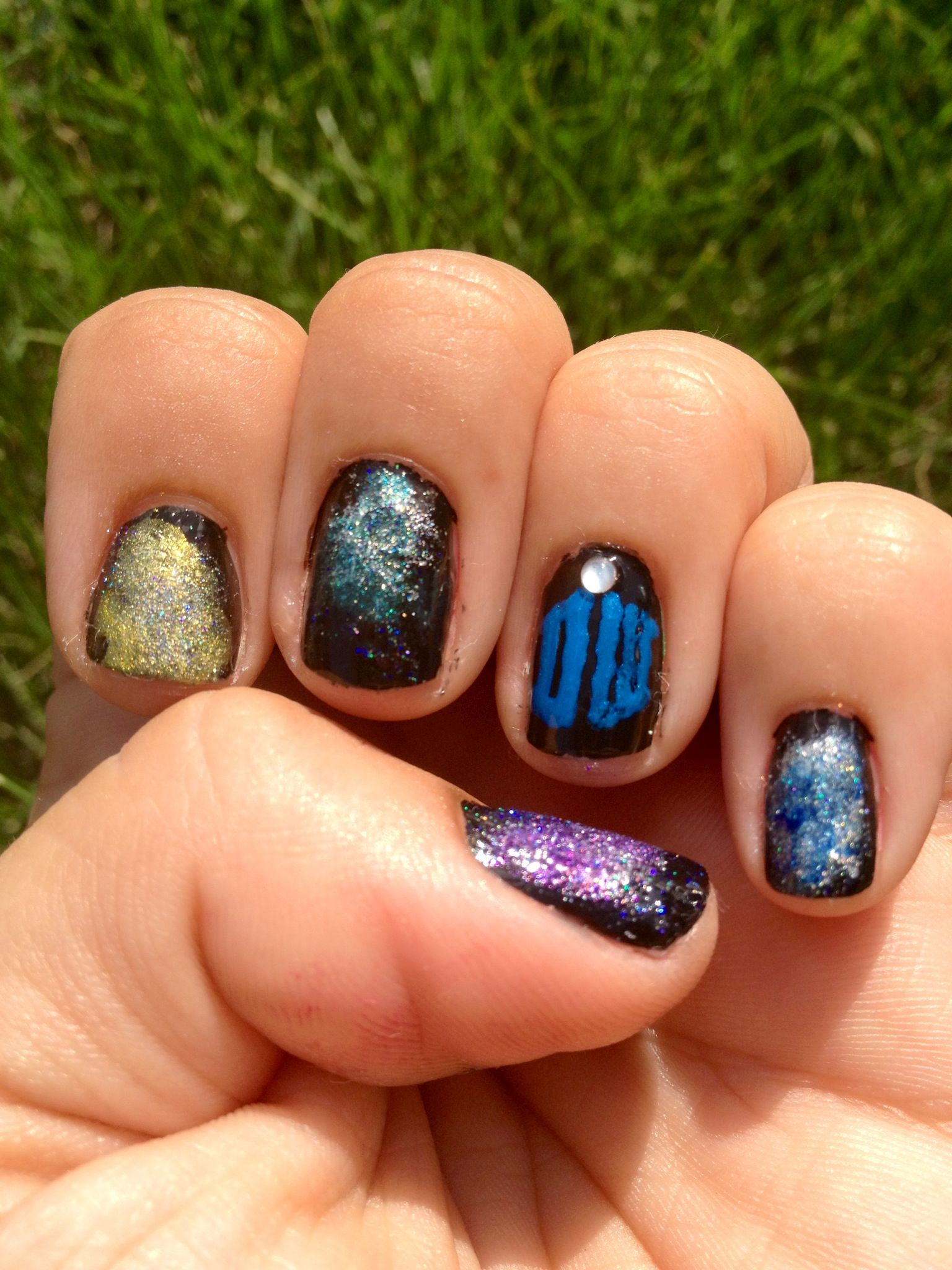 My attempt at diy galaxy nails with the tardis from doctor who my attempt at diy galaxy nails with the tardis from doctor who yes prinsesfo Gallery