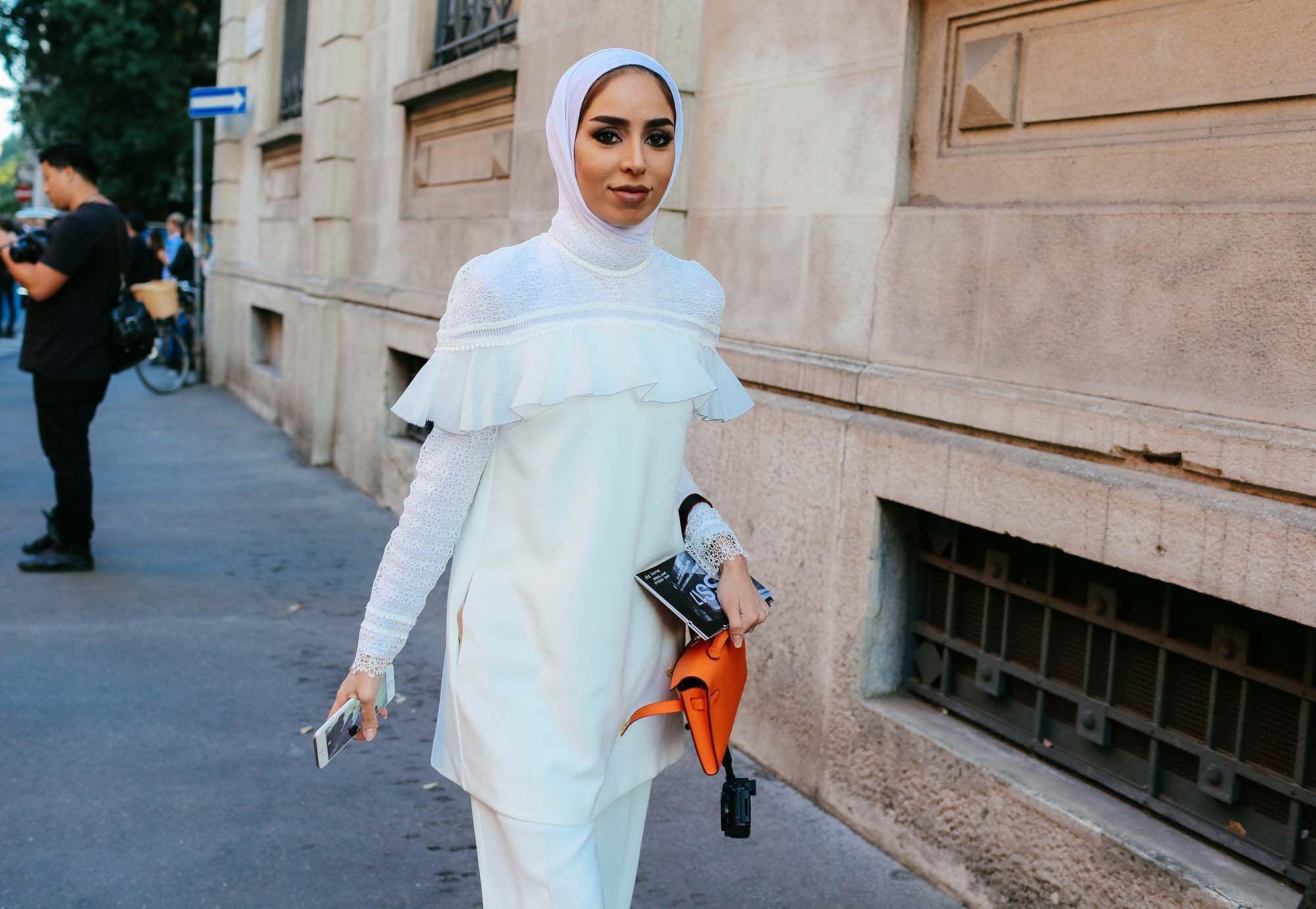 Fatema Al-Awadhi in a Self-Portrait top, Zara pants, Hermès bag