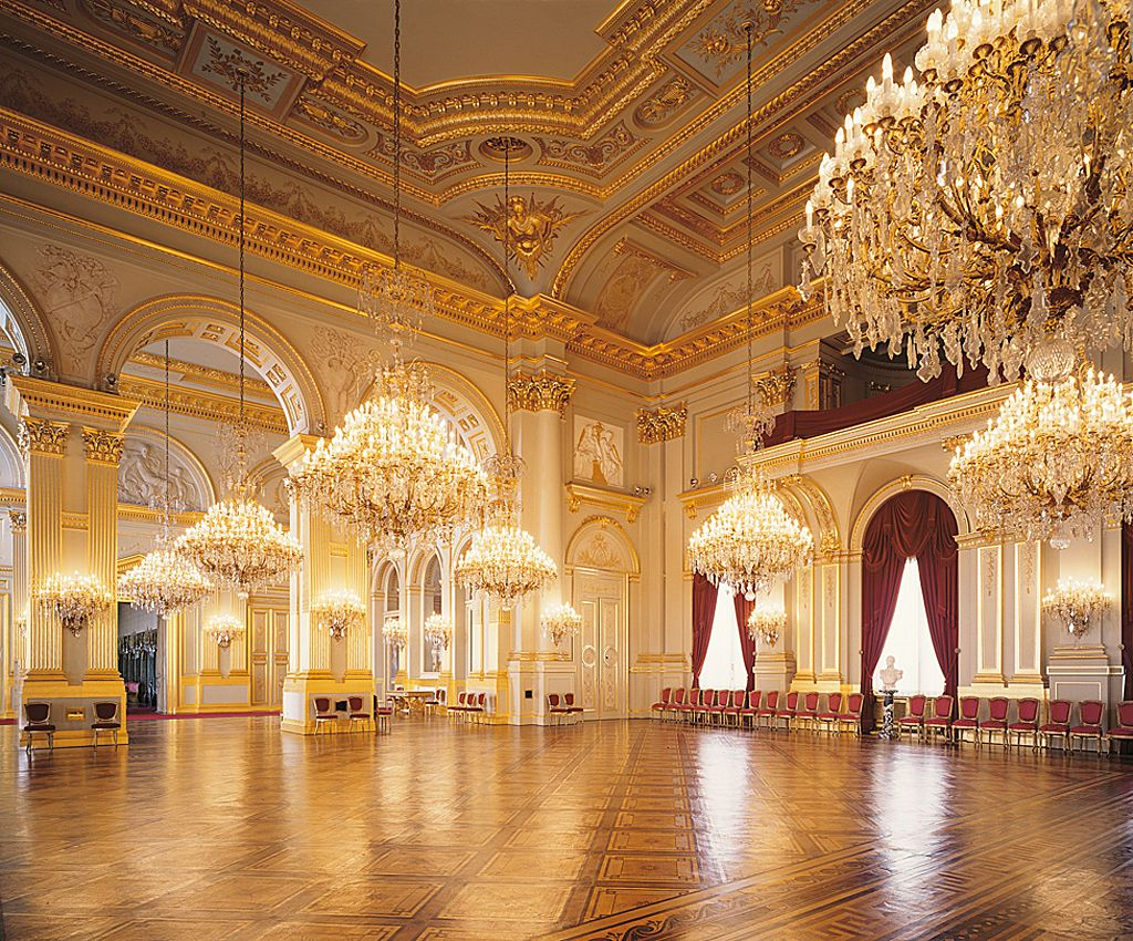 The beautiful chandeliers in the Throne Room of the Royal