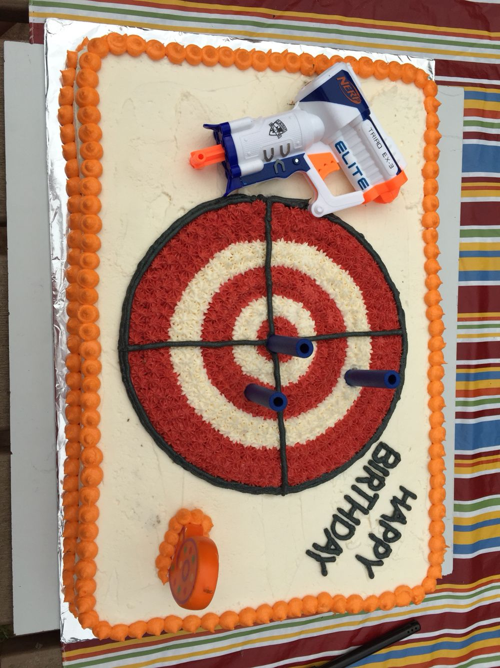 Nerf Gun birthday cake   Cakes   Pinterest   Nerf ...
