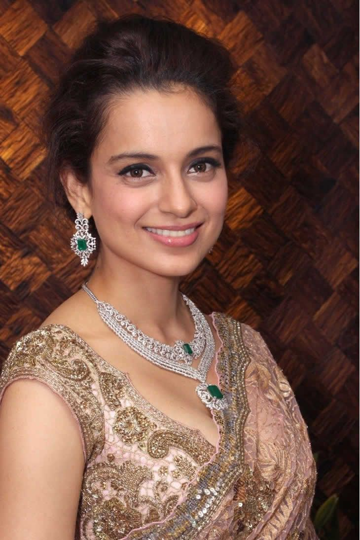#KanganaRanaut was to sign on an a #AdultFilm if Gangster hadn't happened?