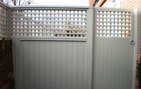 Pin By M De On Tuin With Images Wooden Garden Gate Wooden Garden Garden Gates