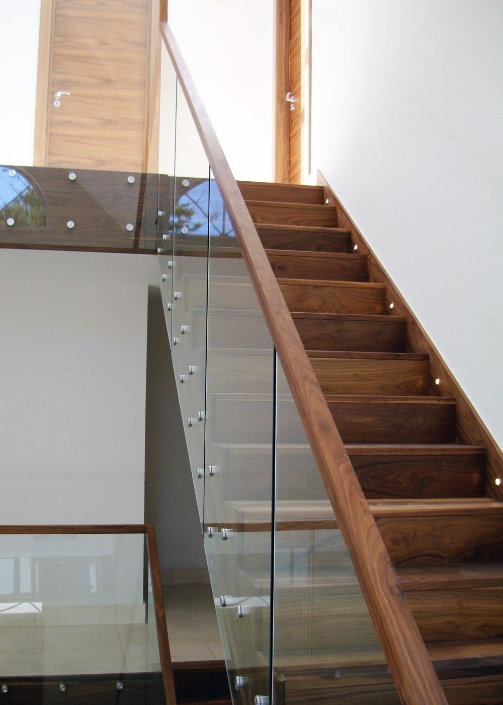 Best 44 Fantastic Glass Stairs Idea Stairs Design Luxury 400 x 300
