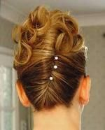 I love the updo of this