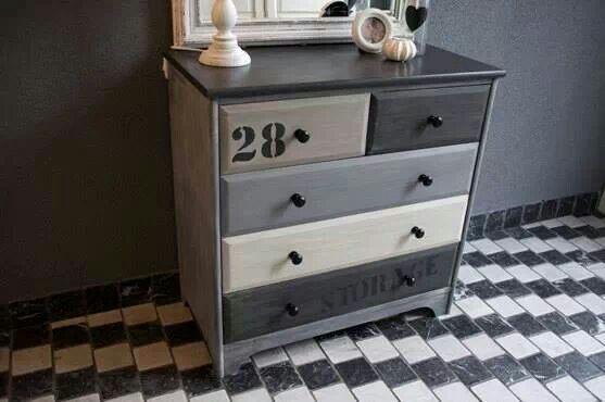 leuk ladekastje meuble relook chaul patin customis pinterest relooker et meubles. Black Bedroom Furniture Sets. Home Design Ideas