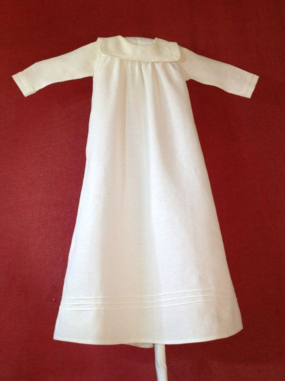 Noble christening gown of linen for boys in by RealCraftsmanship, €75.00