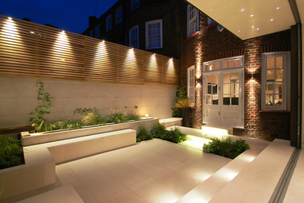 15 Superb Garden Fence Lighting Ideas Nebolshie Dvorovye Sady