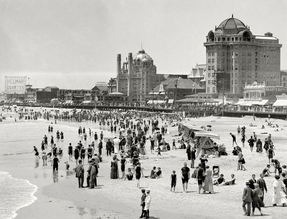 The Beach In Atlantic City New Jersey Usa 1915 Old Photos Atlantic City American Cities