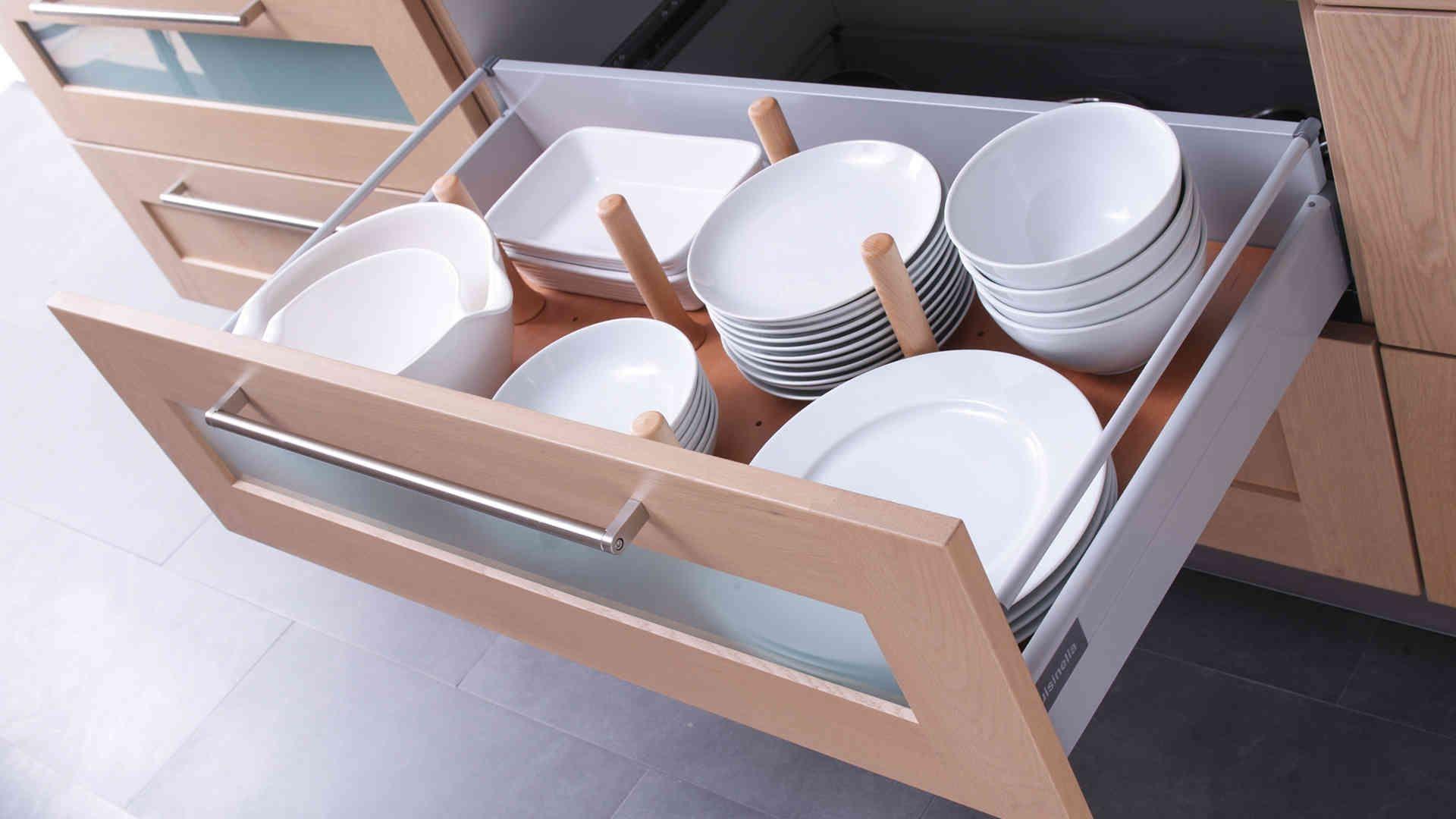 Image issue du site Web http://www.cuisinella.com/medias/produits/4/9/t12_accessoires__0002_plot_bois.jpg
