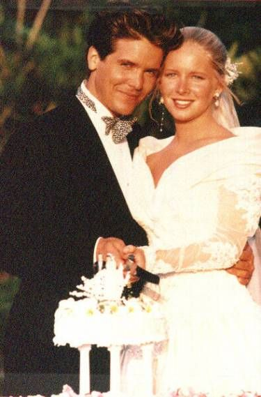 a07ff1a19de41 1990 The Young and the Restless / Danny (Michael Damien) and Cricket  (Lauralee Bell) marry