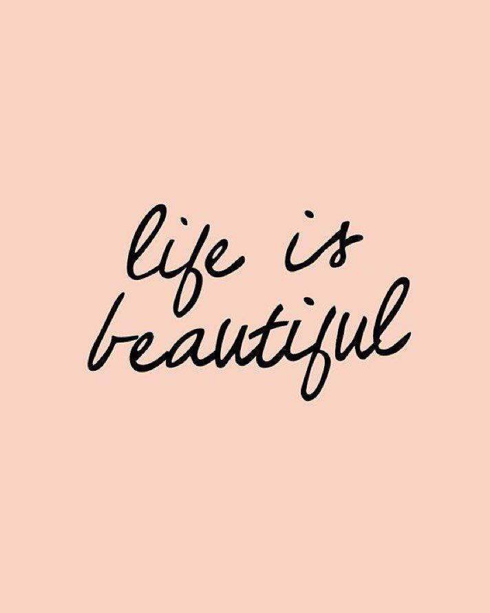 Con #PositiveVibes terminamos este lunes de enero  Vamos por más! #quotes #life by hamartiamoda