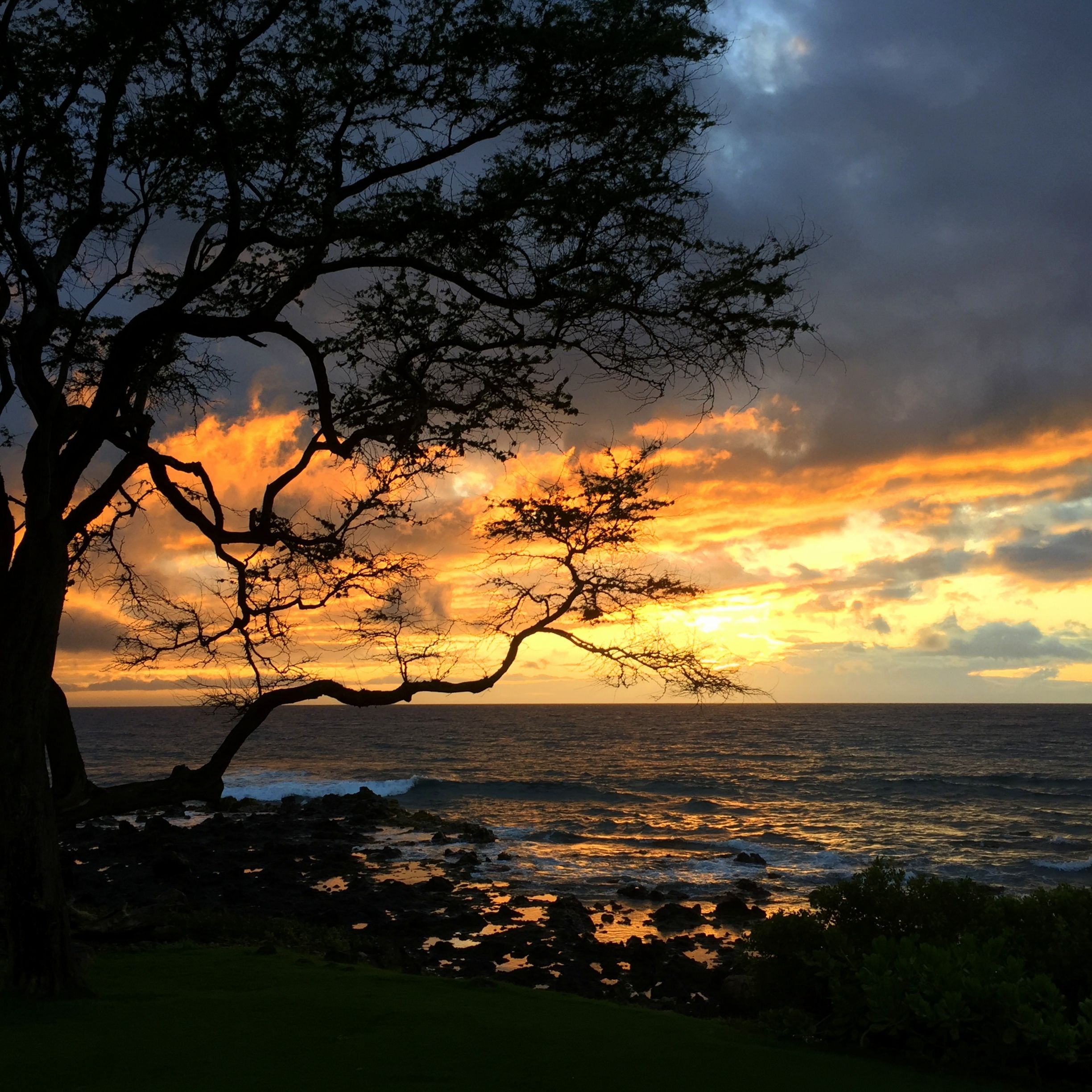 Maui Sunset With Images Beautiful Places Nature Beautiful Nature Wonders Of The World