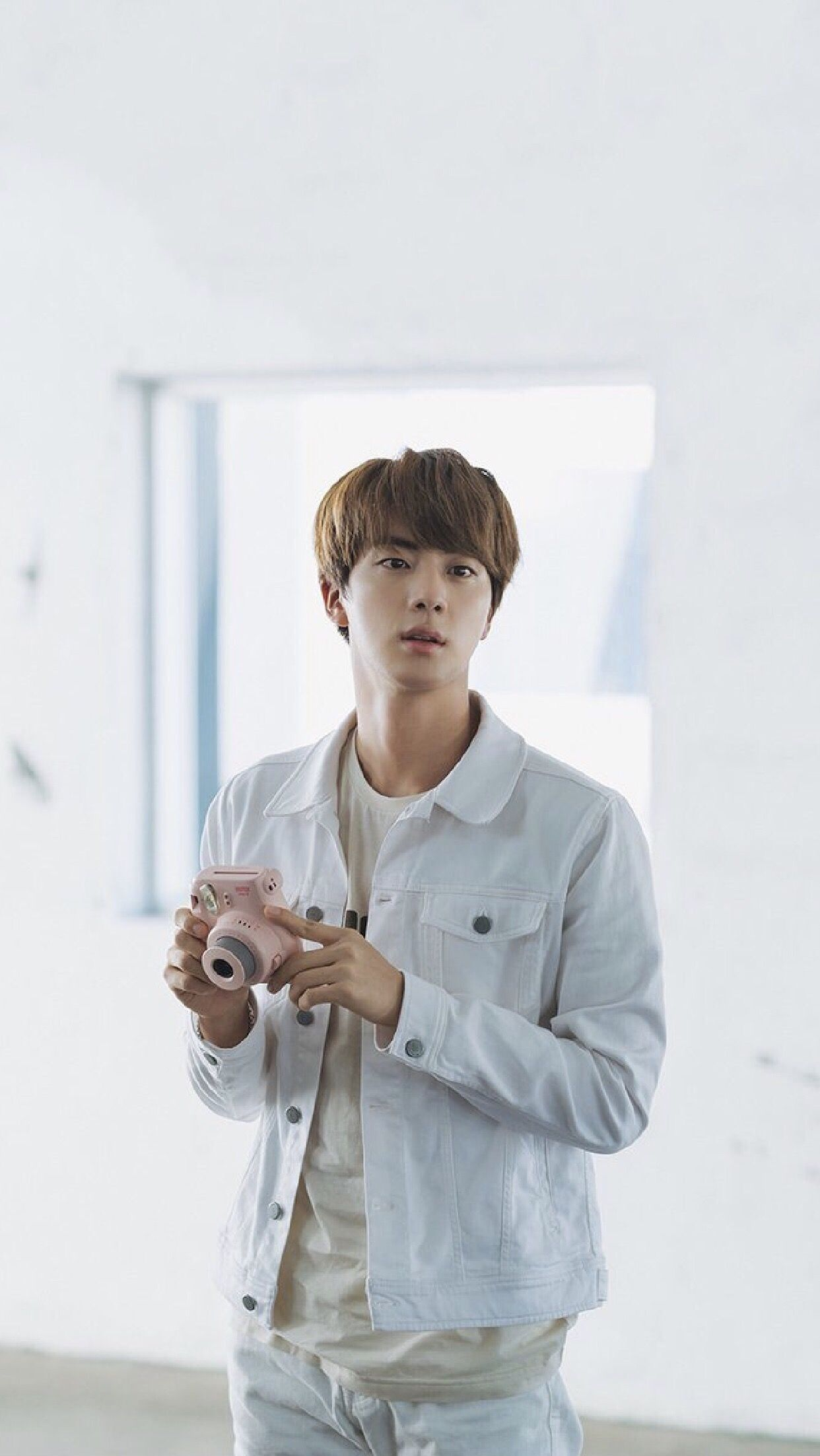 Kim seok jin bts wallpaper