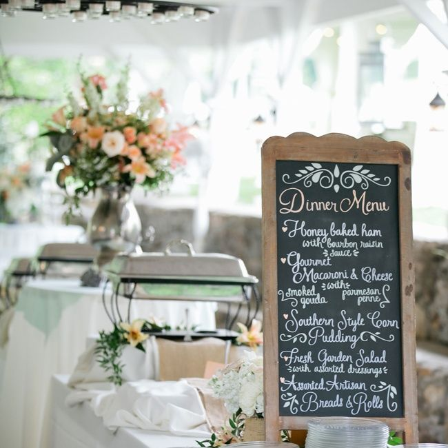 Comfort Food Wedding Menu: A Southern Style Buffet Offered Up Classic Comfort Foods