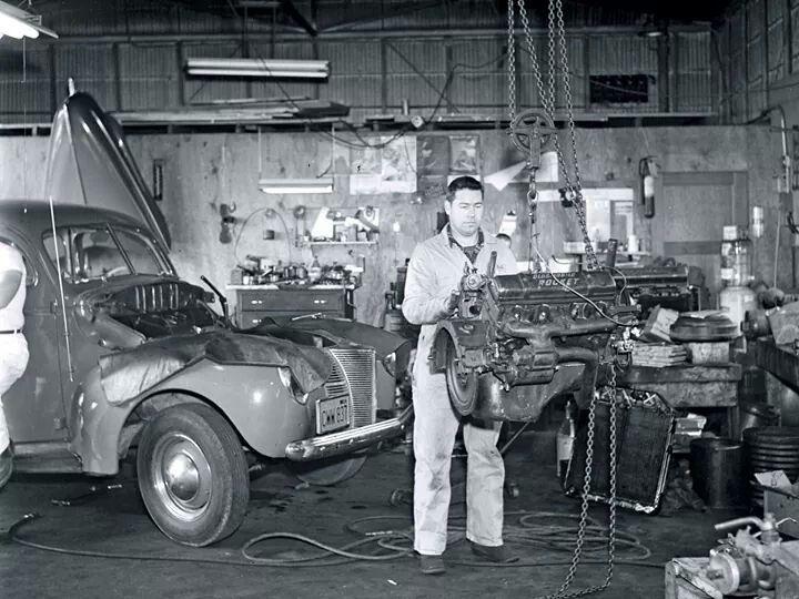 vintage ford mechanic
