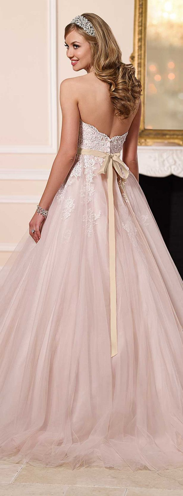 Top 10 wedding ideas and color combos from 2016 wedding dresses stella york spring 2016 wedding dresses collection httptulleandchantilly ombrellifo Images