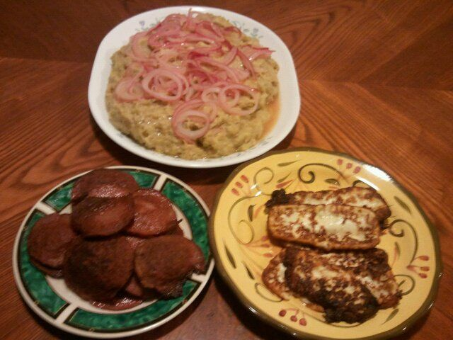 mangu and onion fried cheese and fried salami dominican style caribbean recipes yummy breakfast food pinterest