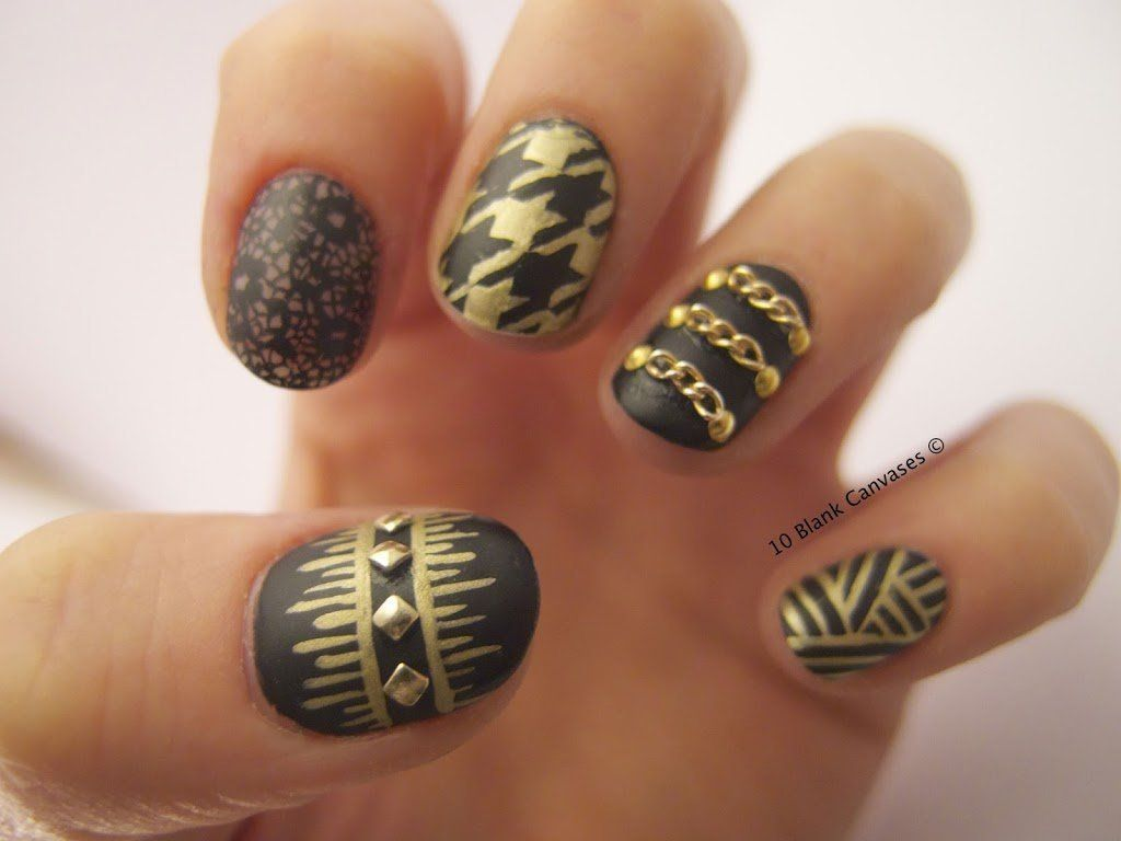 matte black and gold acrylic nails | Nail Design Art | Pinterest ...