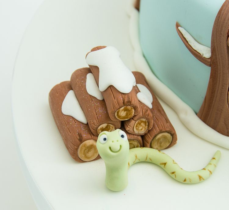 Oh help! Oh no! It's a Gruffalo!   Little A's Cakery