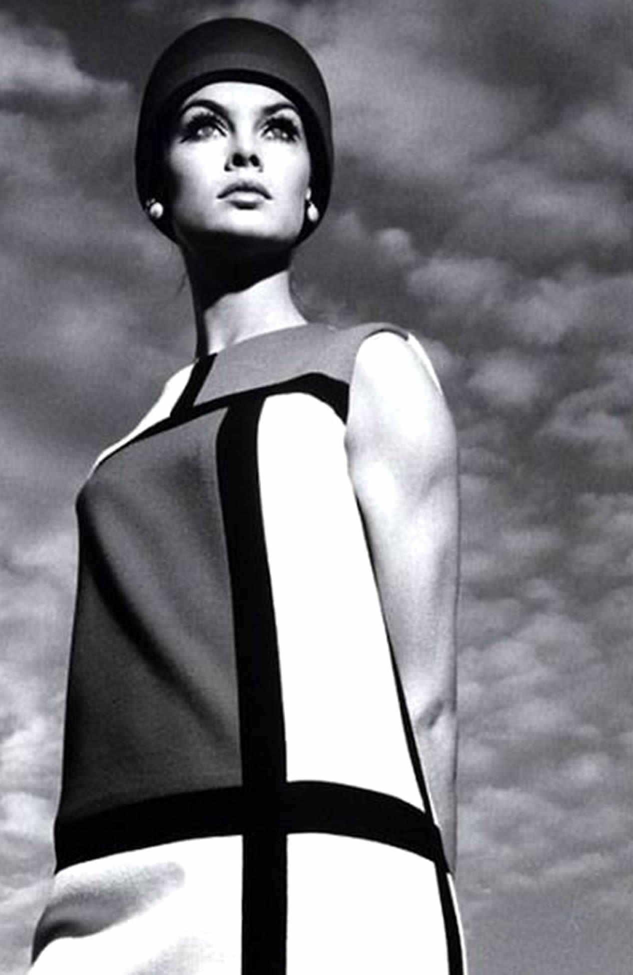 robe-mondrian-YSL-3.jpg (1267×1950) | Vintage Fashion Photography ...