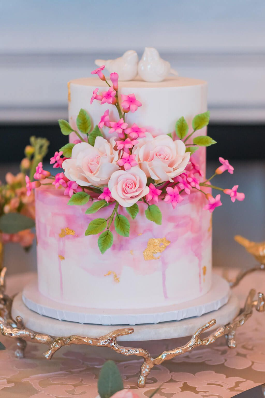 This Will Make You Consider A Perfectly Pink Wedding | Cakes ...