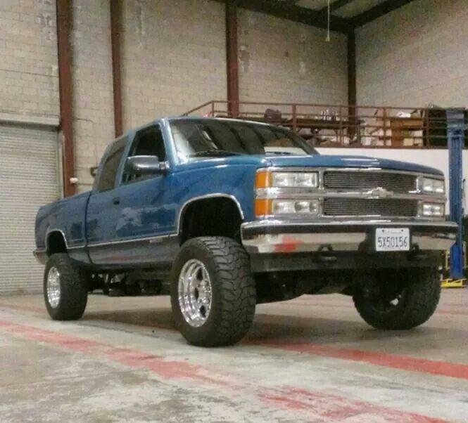 1998 Chevrolet Silverado 1500 Lifted 1998 Chevy Silverado Chevy Trucks Chevrolet Trucks