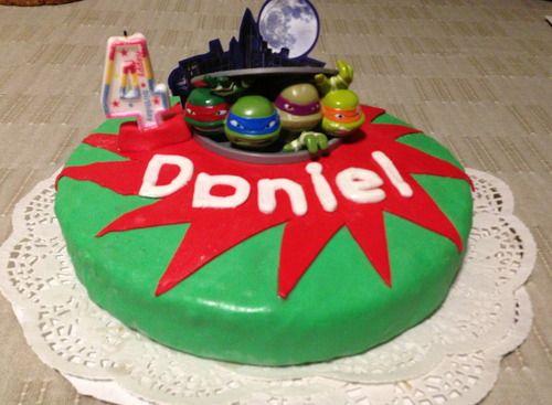 Amazon Com Decopac Teenage Mutant Ninja Turtles Action Deco Set Childrens Cake Decorations Toys Games Ninja Turtle Birthday Tmnt Cake Cake