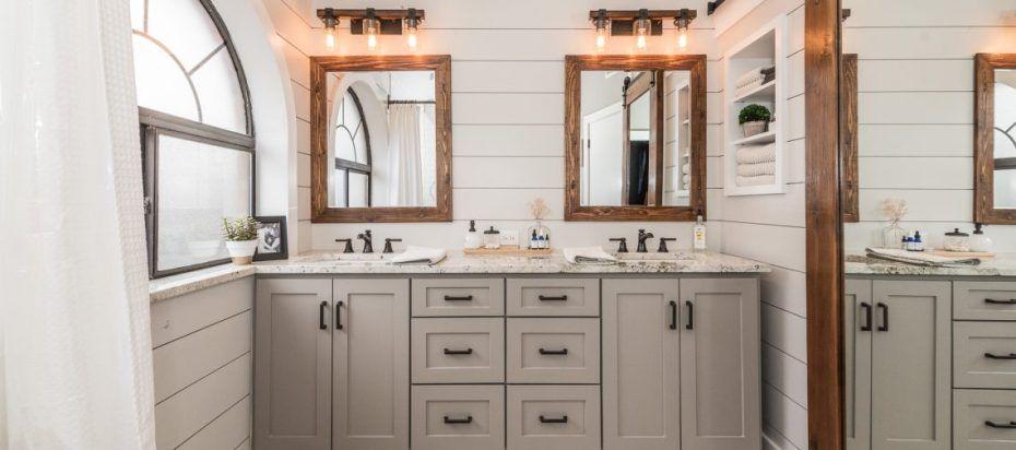 farmhouse bathroom paint colors Cottage/Beach House Pinterest