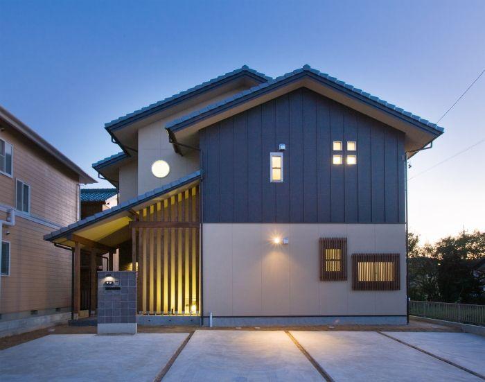 閑静な住宅街に建つ和風モダン 建築デザイン ホームウェア