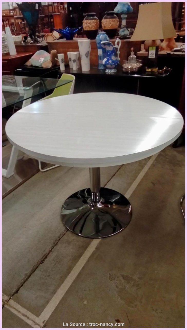 interior design table ronde pied