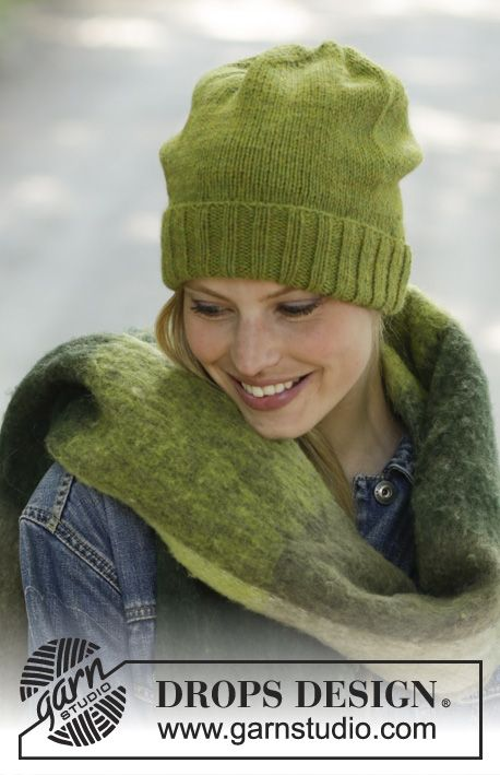 Green Apple - Knitted hat in DROPS Lima. Piece is knitted ...