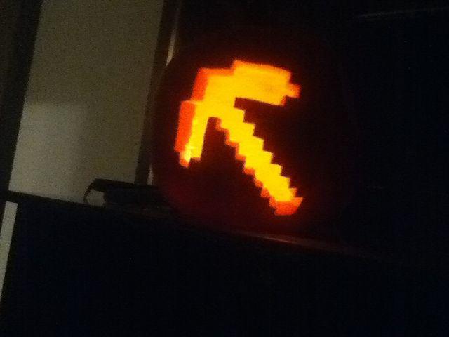 MineCraft Pickaxe Pumpkin http://www ...