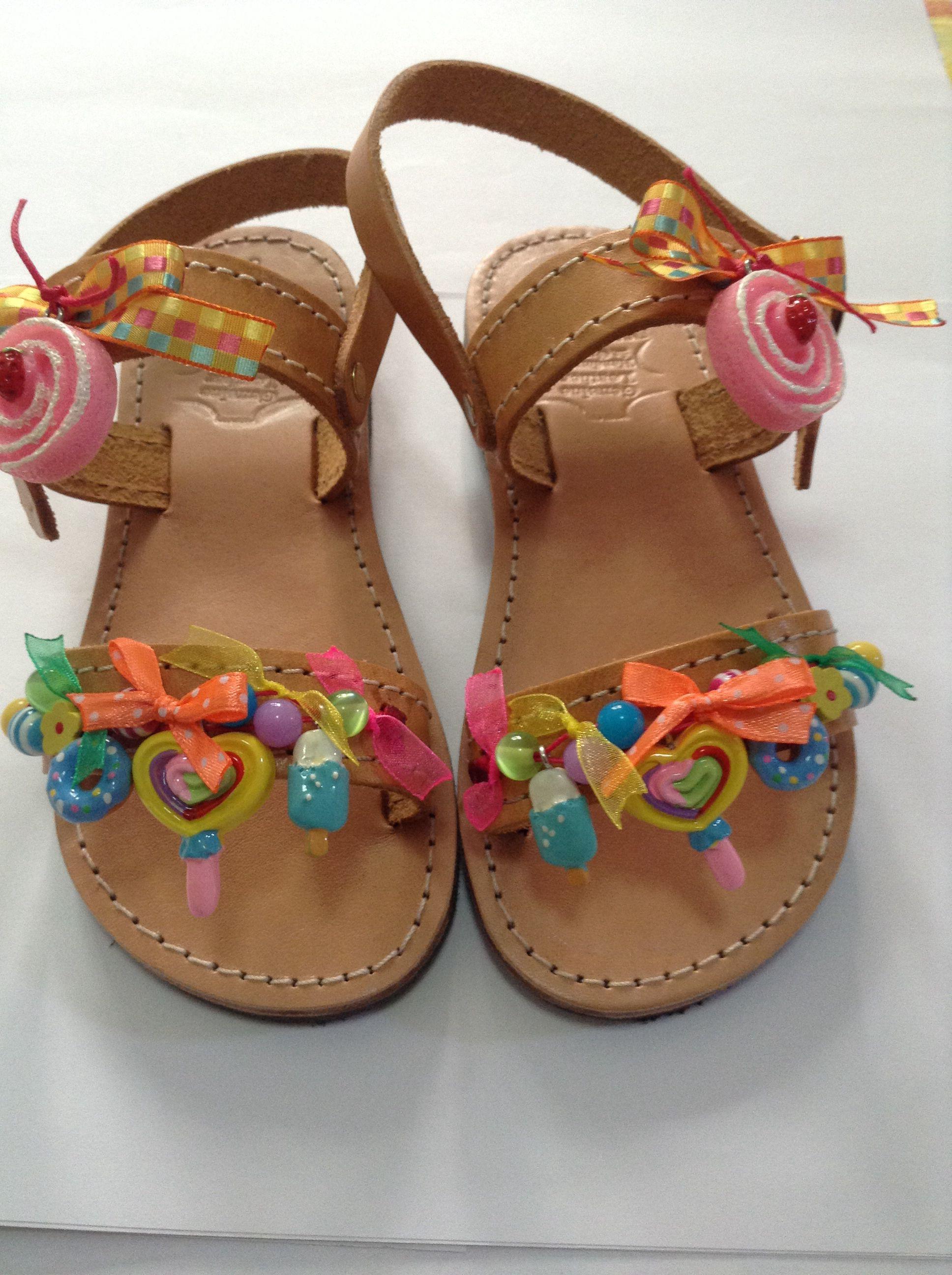 c63325e6e58 Παιδικες γλυκακια   Σαγιοναρες   Zapatos, Moda para niñas, Zapatos ...