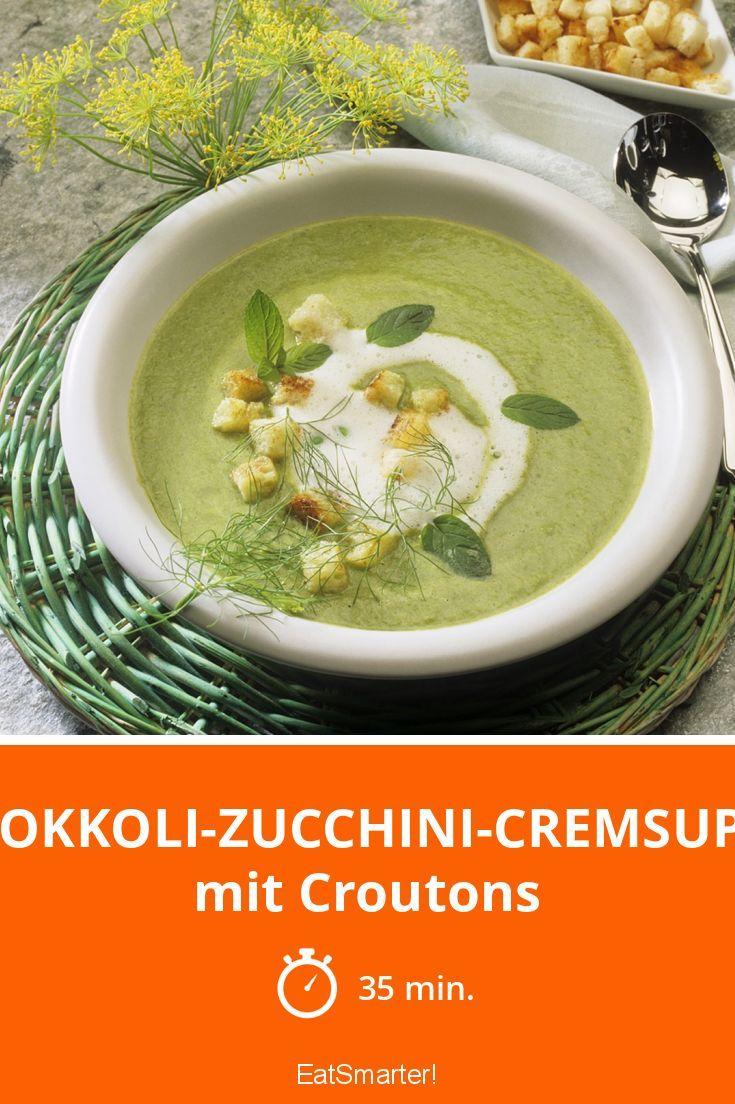 Brokkoli-Zucchini-Cremsuppe - mit Croutons - smarter - Zeit: 35 Min. | eatsmarter.de