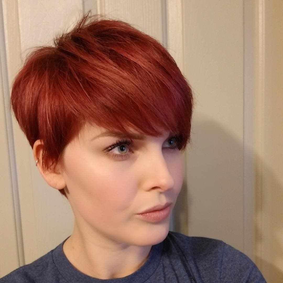 Thin redhead short hair — photo 3