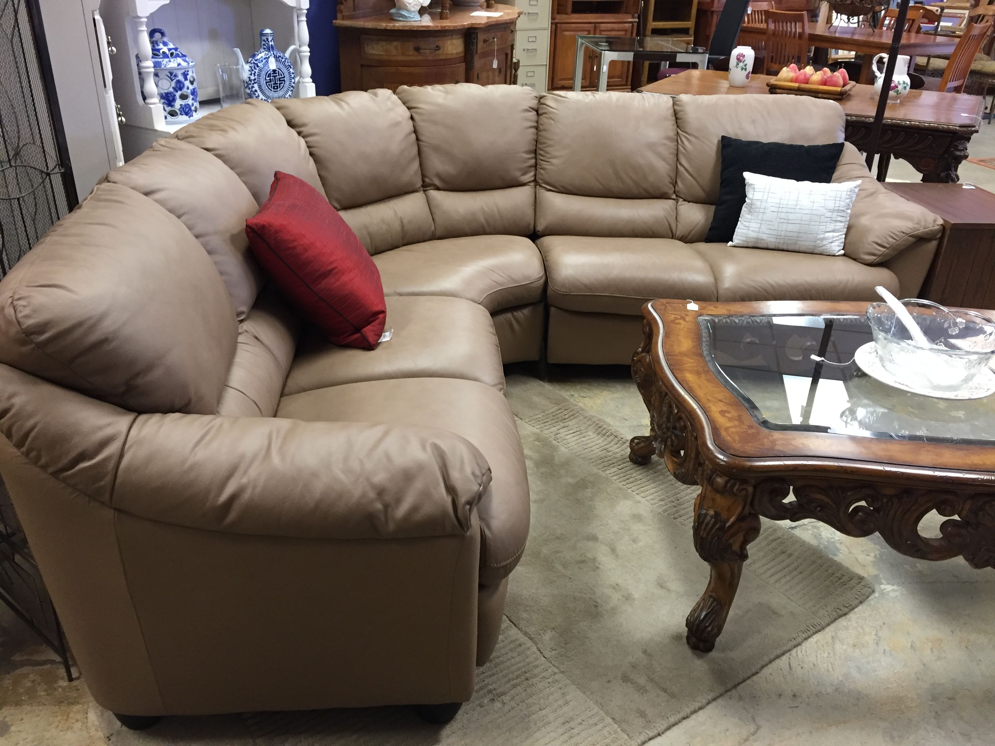 Natuzzi Italian Light Brown Leather Sectional 1900 Sectional Mk Consignment Leather Forsale Shop Buy Ho Furniture Quality Furniture Leather Sectional