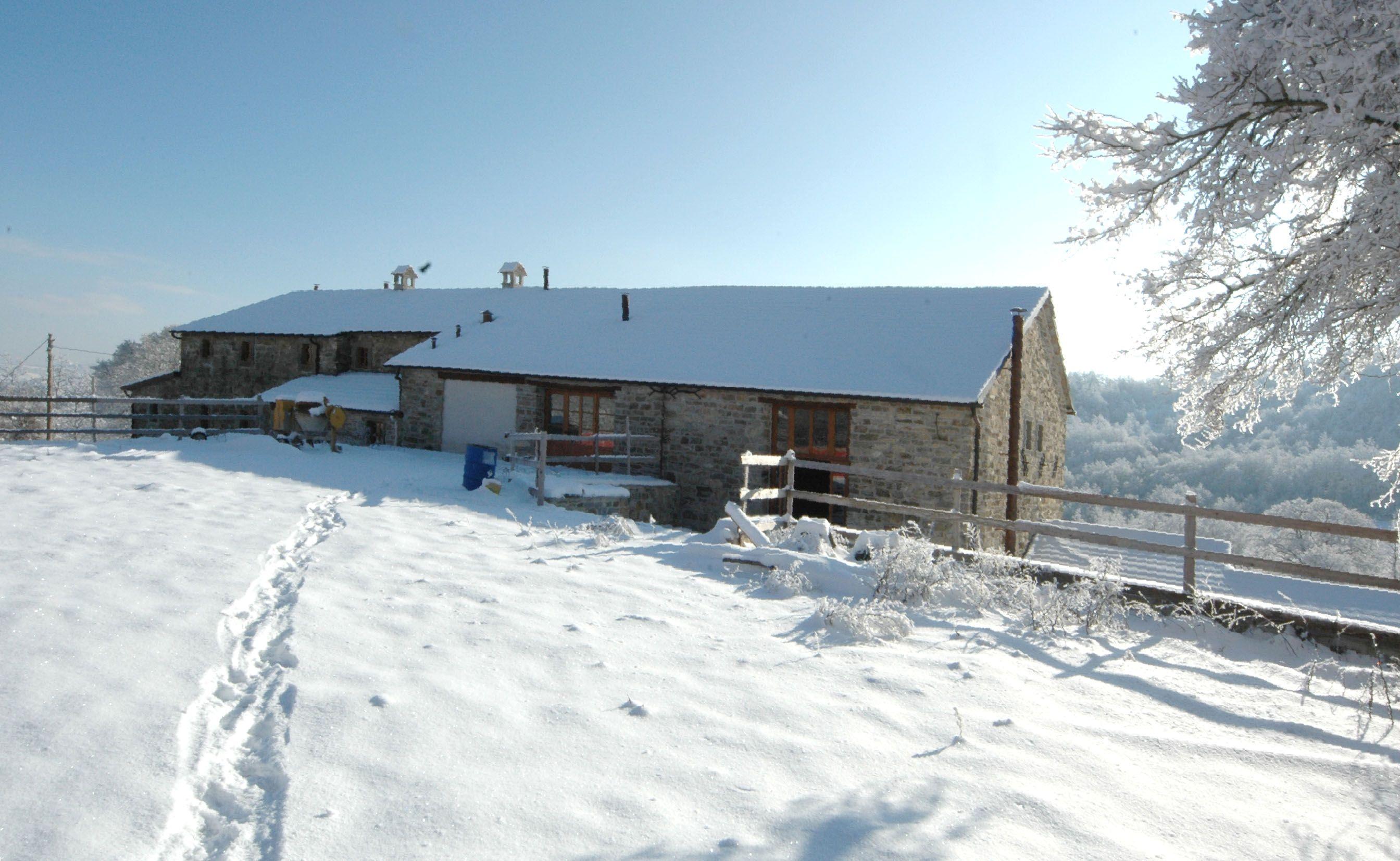 Ristrutturazione del nucleo ex rurale di Gualanciole_seconda fase dei lavori_dicembre 2009